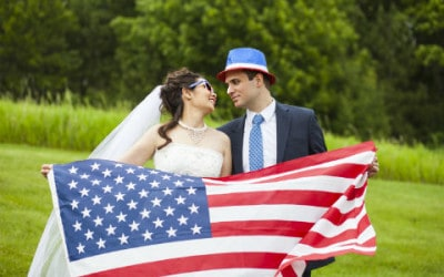Pros and Cons of a Holiday Wedding